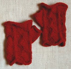 Dragon Scale Mitts