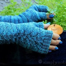 Jack Frost Fingerless Mitts