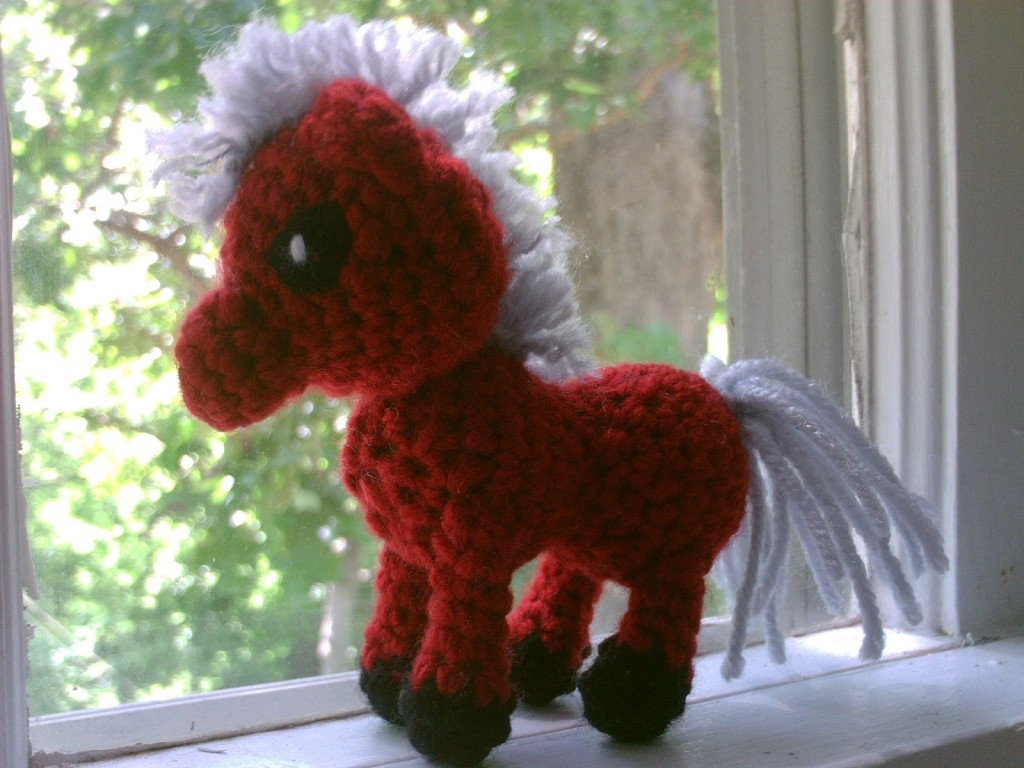 Amigurumi Year Of The Horse : Year of the Horse: 29 Free Crochet & Knitting Patterns ...