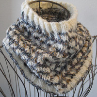 Diagonal Weave Cowl
