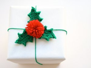 Holly Berry Crochet Gift Wrap