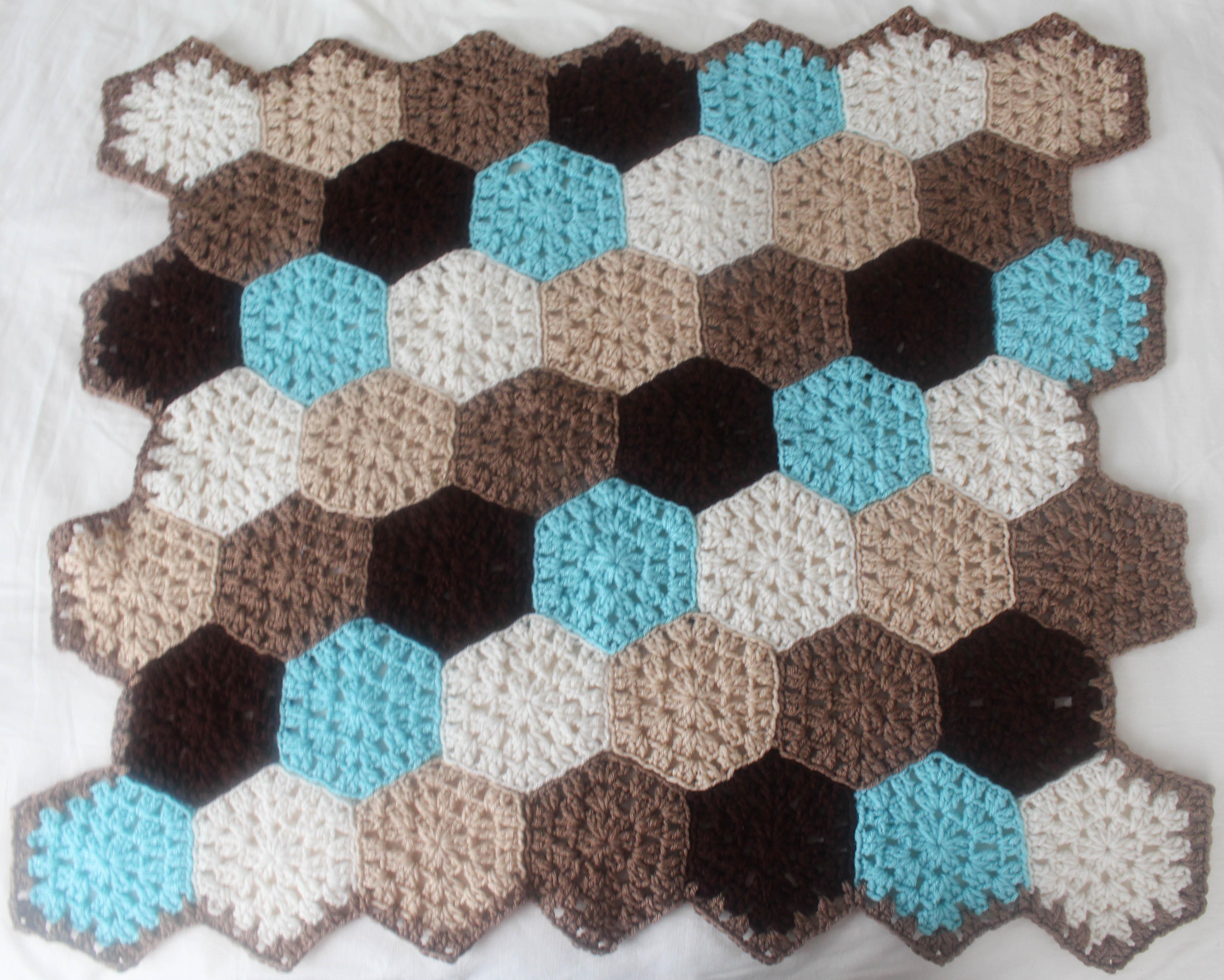 Free Crochet Pattern: Hexagon Honeycomb Stroller Blanket - Stitch ...