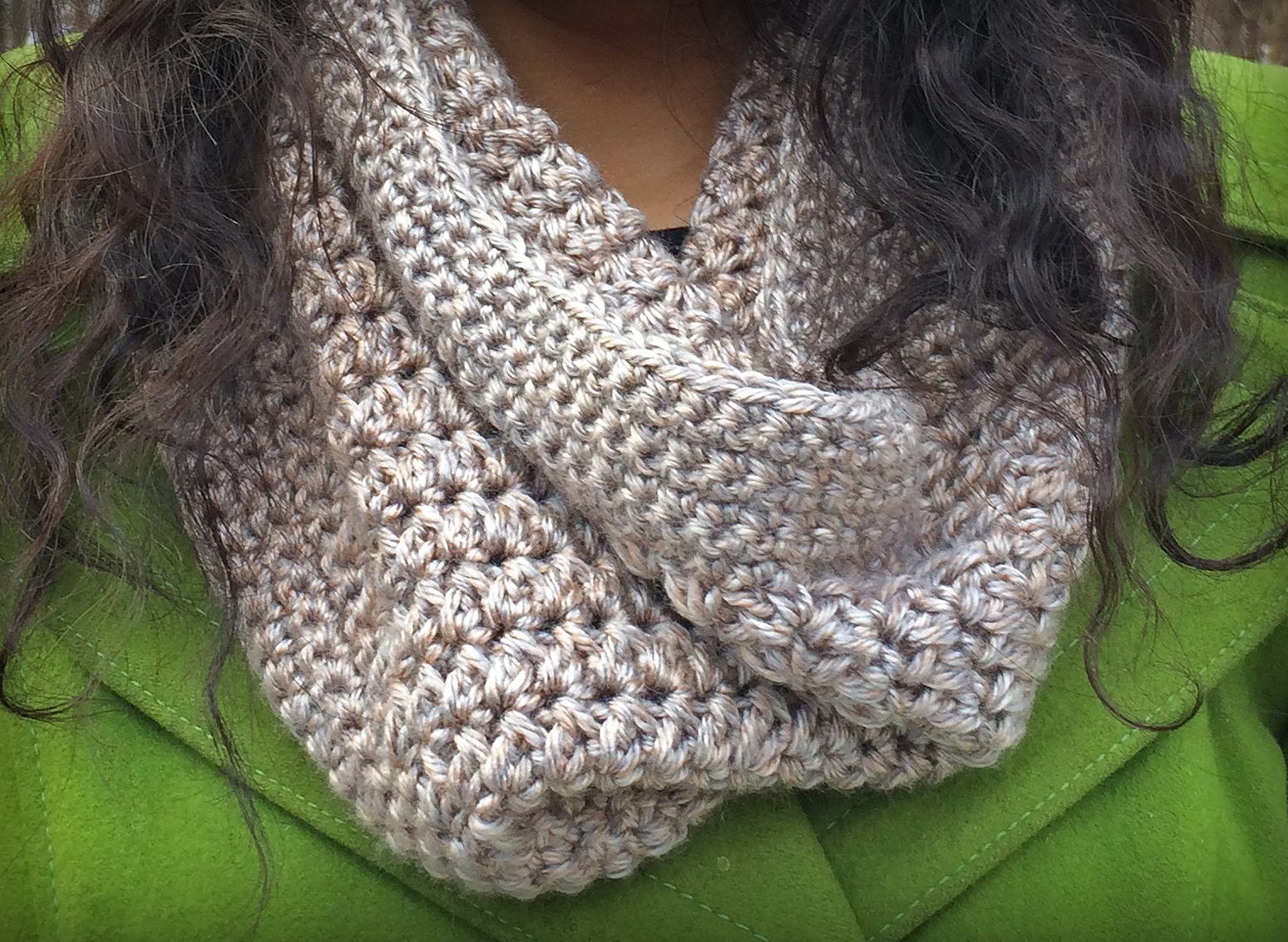 Pattern Of The Day Eggnog Crochet Cowl Stitch And Unwind