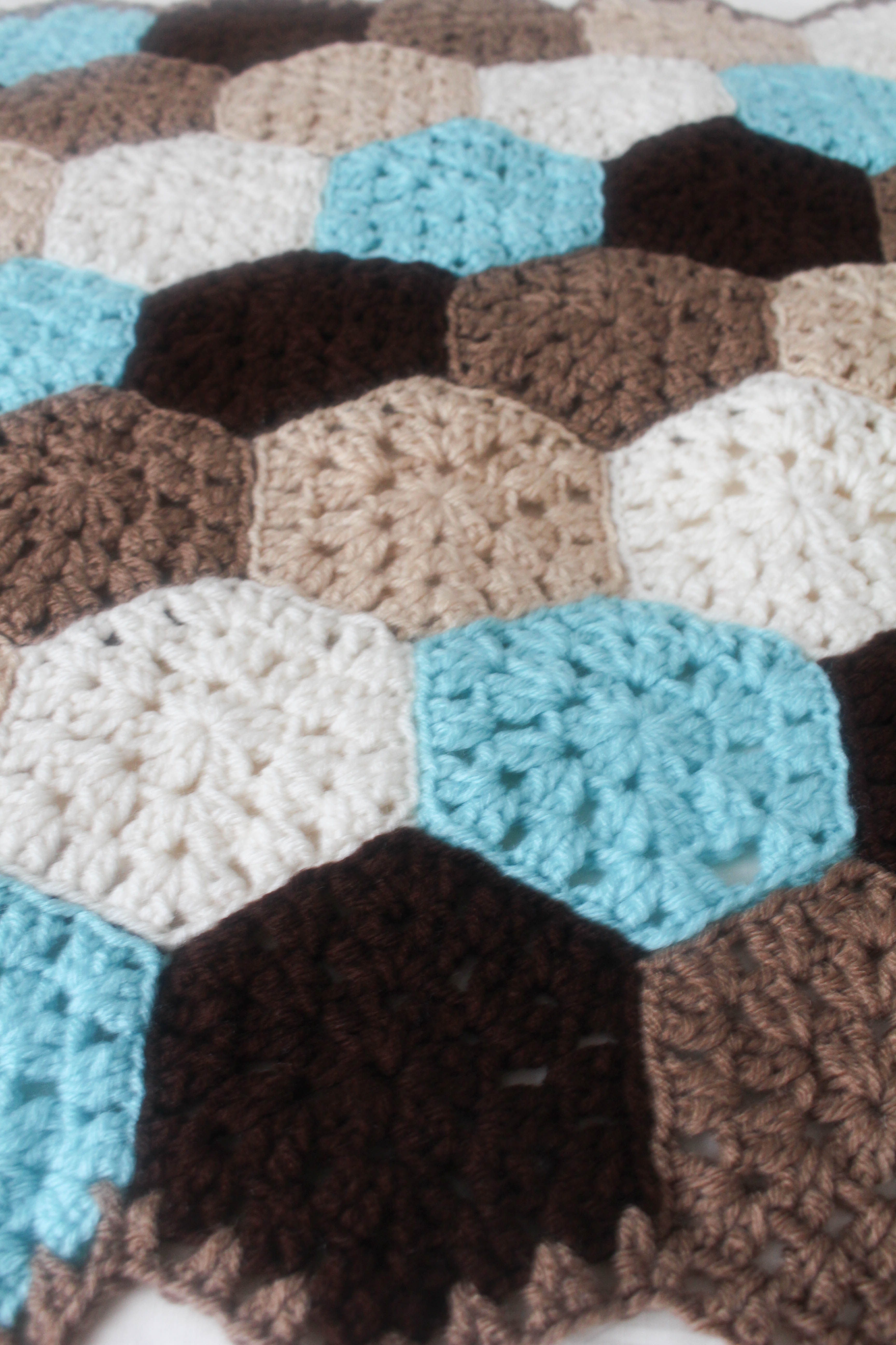 Free Crochet Pattern Hexagon Honeycomb Stroller Blanket Stitch