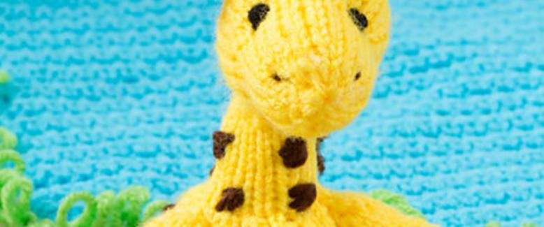 Not Just For Crochet: 16 Heart-Meltingly Cute Knit Amigurumi Patterns
