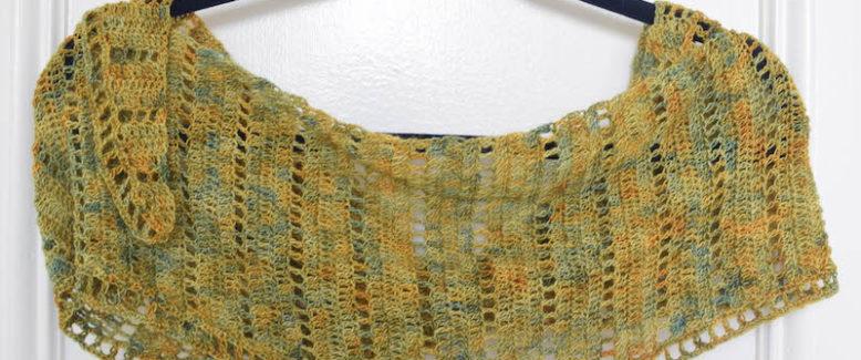 Free Crochet Pattern: Simple Lace Isosceles Shawl