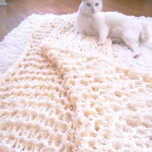 One-Hour-Arm-Knit-Blanket